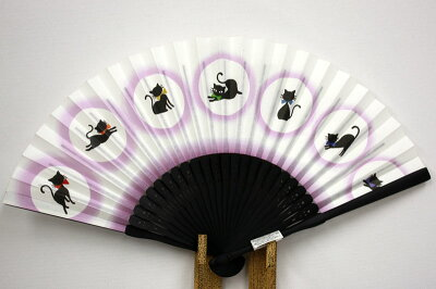 趣ある墨絵調のお洒落扇子京の和装小物【手描き調 紙扇子】黒猫(染骨・黒色)