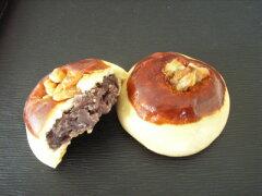クルミの心地よい歯ごたえと香ばしさ北海道産小豆使用 くるみ饅頭 4個入れ
