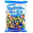 【業務用】サンリオキャラクターミックスキャンディ約900g(200個装入)【入江製菓】キティ、キキララ、うさはなの3種アソート
