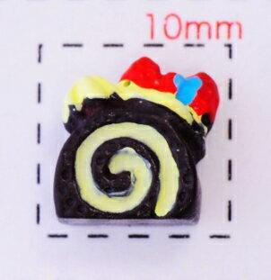 チョコロールケーキ8×4ミリ 《ネイル・デコ電スイーツパーツ》4個入