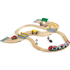 2010新登場!列車と車を乗り継ぎ、旅に出よう!ブリオ/BRIO 木製レール レール&ロードトラベ...