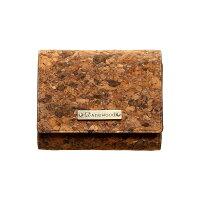コルクレザーの三つ折り財布「CONNIETripleWallet」