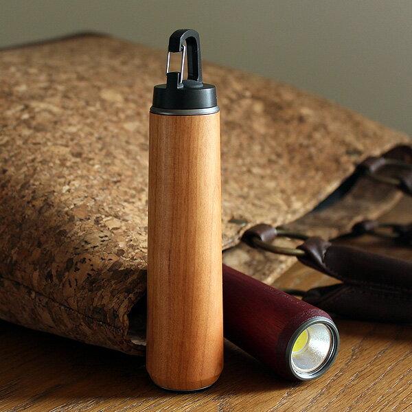 優しい手触り、木の懐中電灯・LEDライト
