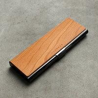シンプルでおしゃれな木とステンレスの筆箱。