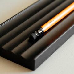 【名入れ可能】木製のペン置きペントレー■【名入れ可能!】おしゃれなデザインの木製ペントレイ...