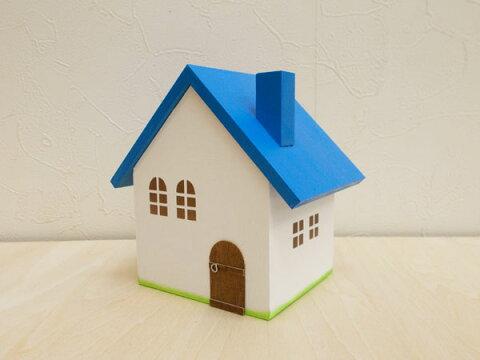 青い屋根の小物入れ(S)日本製 ハンドメイド 木製 青色 小 単品