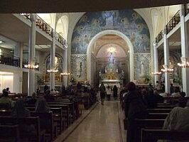 フランスパリ奇跡の教会(不思議のメダイ聖堂)☆シルバー色聖母マリアライトブルーのメダイのネックレス