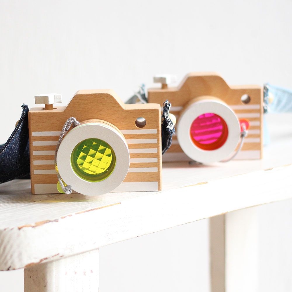 kiko+ (キコ) camera カメラ(ピンク・イエロー)木のおもちゃ おうち時間 子供 誕生日 1歳 2歳 3歳 4歳 男の子 女の子】出産祝いなどのギフトやプレゼントに人気!