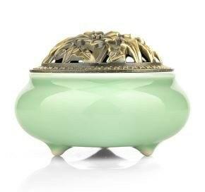 香炉 アンティーク風 シンプル 陶器製 花柄の蓋 (ライトグリーン)
