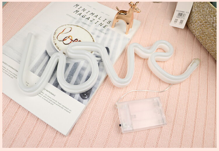 ネオンサイン LED love 英文字 電池&USB両用タイプ (ピンク)
