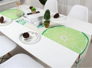 テーブルランナー 大きなグリーンレモンの輪切り デザイン 【送料無料】