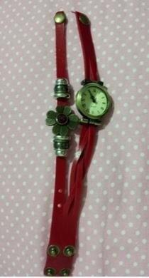 腕時計 アンティーク風 花 編み編みべルト (レッド)