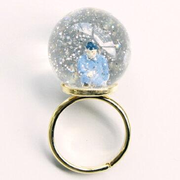 【送料無料】lilldesignlab (リルデザインラボ)Snow Globe Ring片膝を立てる作業員