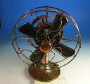 オルゴールが鳴ると扇風機の羽根が回りだします。ブリキアートオルゴール(18弁オルゴールをビ...