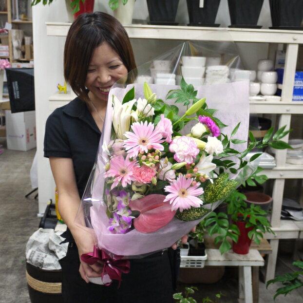 【送料無料(一部地域除く)】スマイルブーケ♪笑顔が溢れる花束です。【あす楽対応で即日発送】【ご出演・発表会】【ご退職・歓送迎会】【誕生日】
