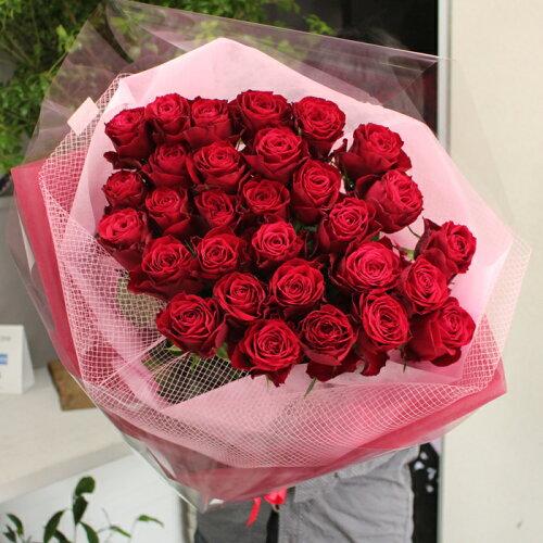 至極の赤いバラ(薔薇)30本の花束。特別なバラを揃えた、至極の花束。上質な赤バラを...