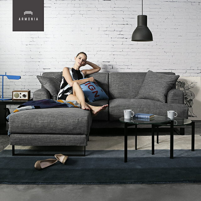 ソファ ソファー 3人掛け 3人 3P 三人掛け 2.5人掛け フロアソファ 布 ファブリック 脚 クッション sofa 高級 ラグジュアリー モダン 北欧 ロー おしゃれ グレー ブラック ブルーの写真