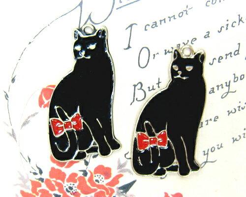 赤いリボンの黒ネコ [cha-p-805] 【アクセサリーチャーム・ピューターチャーム・ビーズパーツ】