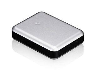 アルミニウム筐体を採用した10400mAhのポータブルバッテリー。iPadやiPhoneなどの充電が可能。J...
