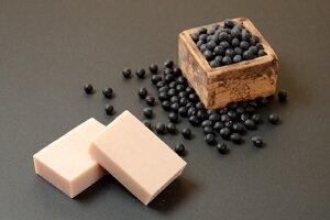無添加黒豆の豆乳石鹸