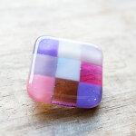 ハンドメイドガラス市松模様のブローチピンクパープルアクセサリージュエリーhandmadePoe(ポー)