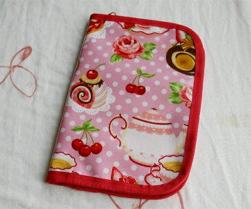 【メール便OK】 Ehako* エハコ 母子手帳ケース・布生地・キルティング 綿PVC ビニールコーティング  カード&通帳収納ケース ケーキ ピンク  05P22Jul11