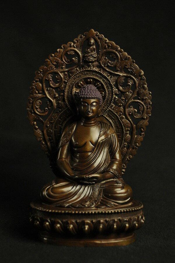 釈迦如来 銅造彫金仕上げ:仏像仏画チベット美術卸の天竺堂