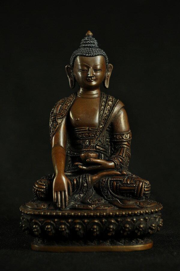 釈迦如来像銅造彫金仕上げ:仏像仏画チベット美術卸の天竺堂