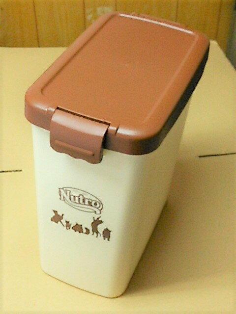 【日本製】ペットフードカンパニー  Lサイズ 4kg チョコブラウン蓋 アイボリー本体 スコップなし ペットフード ボックス 保存箱