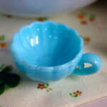 装飾用ミニチュアカップパステルブルーデコパーツミニチュアにお使いください☆