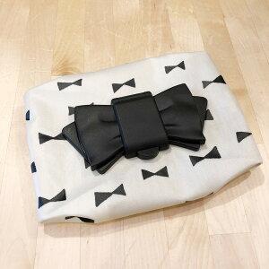 お尻拭き・ウエットティッシュケース リボン 白×黒