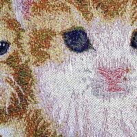 (^O^)/大人気!!新作!!メルヘンの世界へどうぞ*,.,.,.,.*クッションカバーかわいい3匹の茶トラ猫~~☆!*サイズ45X45(cm)一点のみ入荷!!☆~~