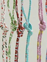 大人気の花柄 ベベネシリーズからカラフルなリネンのストリングが登場♪靴、帽子、カバンなどの...