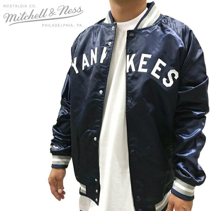 メンズファッション, コート・ジャケット  MITCHELL NESS LIGHTWEIGHT SATIN JACKET New York Yankees ZRC