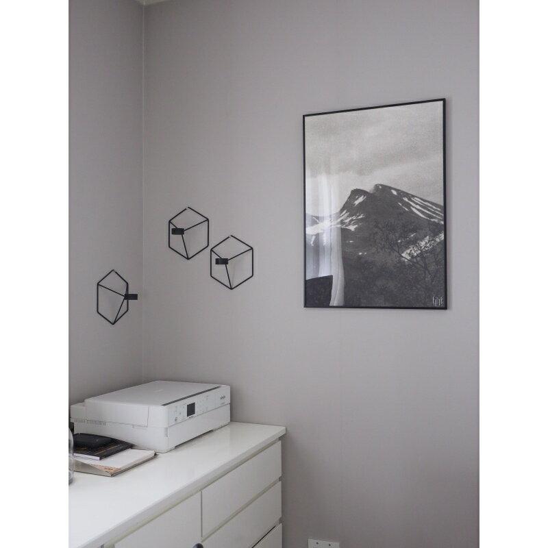 fine little day up. Black Bedroom Furniture Sets. Home Design Ideas