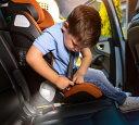 MaxiCosi Kore Pro i-size 自動点灯ライト付 R129 チャイルドシート 4歳から12歳 マキシコシ コア プロ アイサイズ 児童用 可愛い 子供