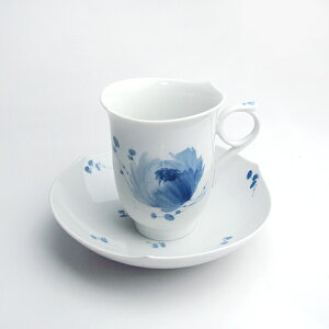 陶磁器の最高峰マイセン、ここに覇を唱える。マイセン(Meissen)青い花 コーヒーカップ&ソーサー