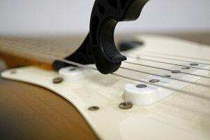 StretchaStringStretcha(ストレッチャ)チューニングを安定させる弦伸ばしツール!ギターベース弦交換道具メンテナンス【ゆうパケット対応可能】