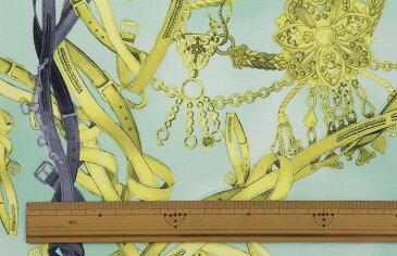 ファイユ スカーフ柄プリント キーチェーンモチーフ【ポリエステル 112cm巾 生地 布】ジャケット 裏地