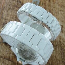 ヴィヴィアンウエストウッド時計ペアウォッチタイムマシンホワイトセラミックVV048RSWHVV088RSWH