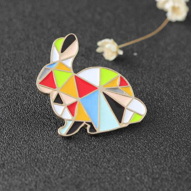 ピンズ ピンバッジ ブローチ (うさぎ ウサギ 兎 左向) アニマル 動物 折り紙 折紙