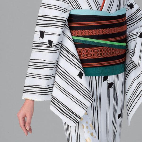 裾引き 仕立て上がり 着物(きもの)白地 縞に千鳥裏地 白地金切り箔「きぬずれ」