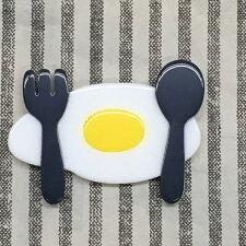 【unpetit】スプーンフォーク卵ブローチ