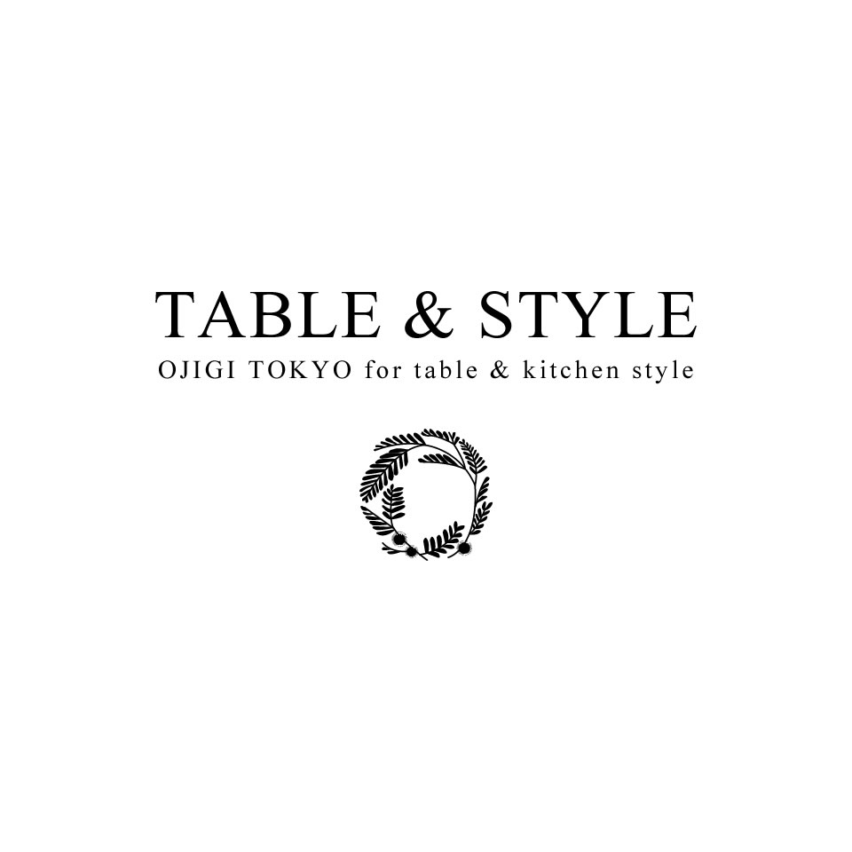 TABLE & STYLE