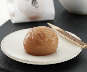 紀州の「梅の匠」が仕上げた高級和菓子