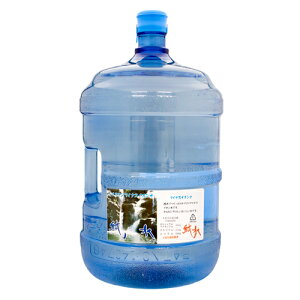 口当たりもまろやかでのどごしのよい沖縄のおいしいお水で、赤ちゃんの粉ミルクにも最適な純水...