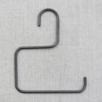 Seven Sei Nakagawa stores sigmoid hanger size