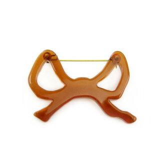 Kanmi. Ribbon brooch
