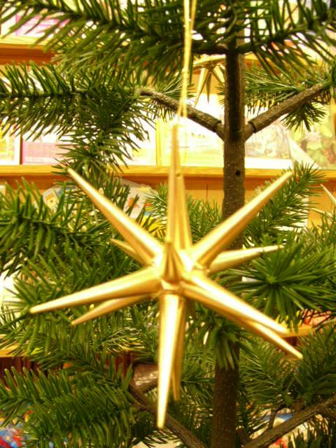 金の星(小)クリスマスオーナメント ベツレヘムの星  木製 エルツ ザイフェン アルビン・プライスラー  クリスマスツリー オーナメント ドイツ ニキティキ