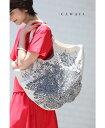 【再入荷♪6月26日12時22時より】「cawaii」アート刺繍間仕切り付きムーンバッグ鞄